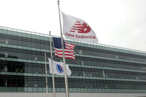New Balance se lanza a fabricar mascarillas en sus plantas de Estados Unidos